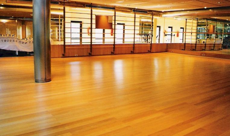Hidrolaqueado de pisos de madera -